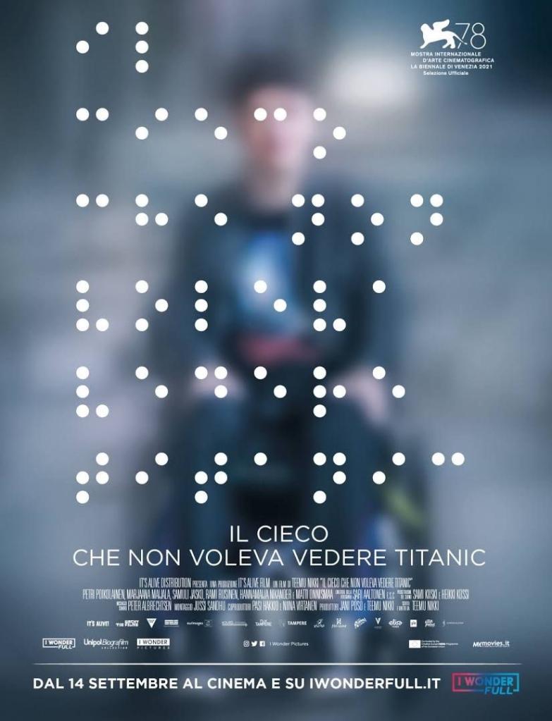 Locandina del film con scritte in braille